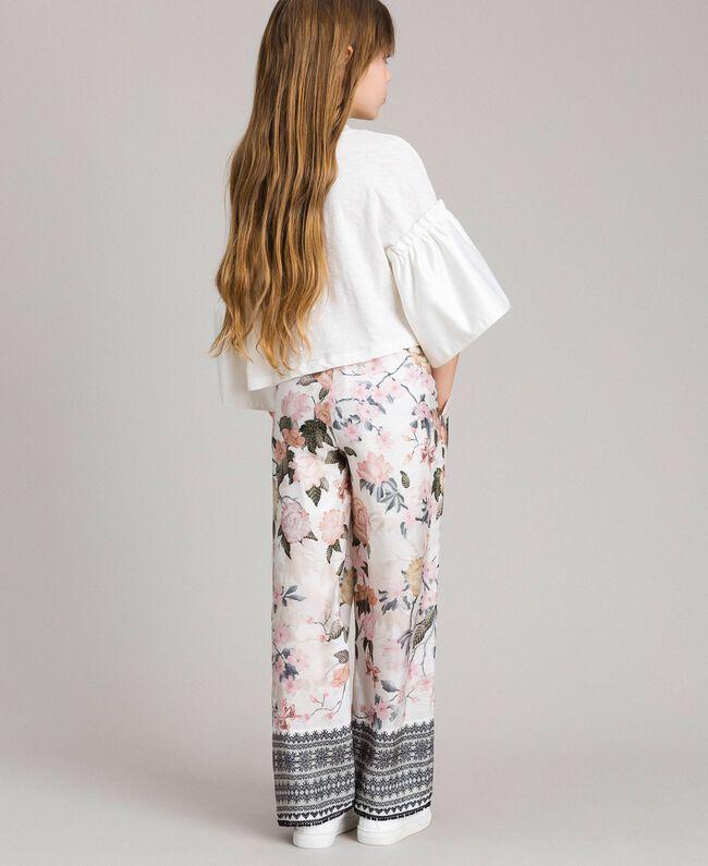 Viskose-Hose mit Spitzen-Aufdruck und Blumenmuster Motiv Ramage Schmetterling Kind 191GJ2522-03