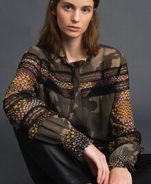 Chemise imprimée camouflage et floral Imprimé Patch Fleur Camouflage Femme 192TT2123-01