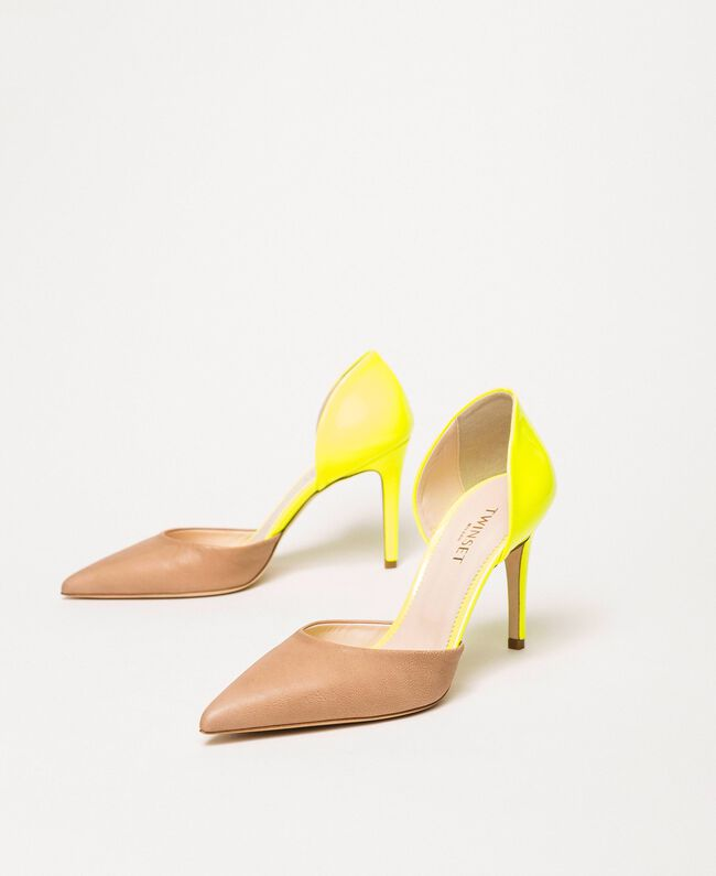 "Patent leather and leather court shoes Two-tone ""Desert"" Beige / Fluo Fuchsia Woman 201TCP012-04"