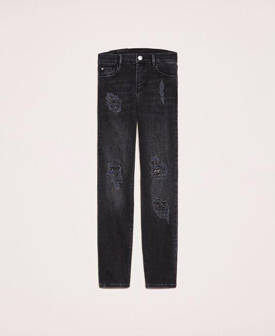 Push-up-Jeans mit Rissen und Nieten