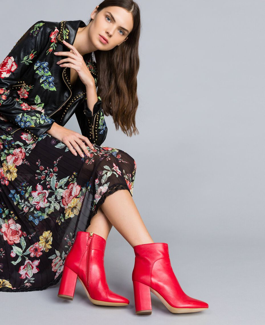 Leather ankle boots Poppy Red Woman CA8PL1-0S