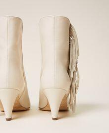 Bottines en cuir avec franges Blanc Neige Femme 212TCP10E-02
