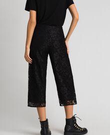 Pantalon cropped en dentelle macramé Noir Femme 192MP2491-03