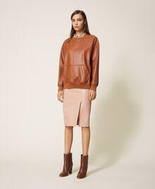 Sweatshirt aus Lederimitat Terrakottarot Frau 202LI2GCC-0T