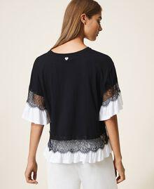 T-shirt con pizzo e balza Bicolor Nero / Bianco Ottico Donna 202TP2671-03