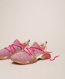 Fabric running shoes with fluorescent finishes Two-tone Pink / Fluo Fuchsia Woman 201TCP154-02