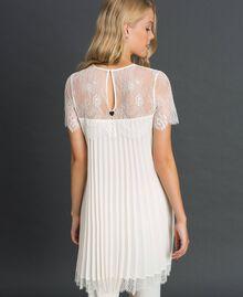 Blouse en crêpe de Chine plissé et dentelle Blanc Neige Femme 192TT2490-04