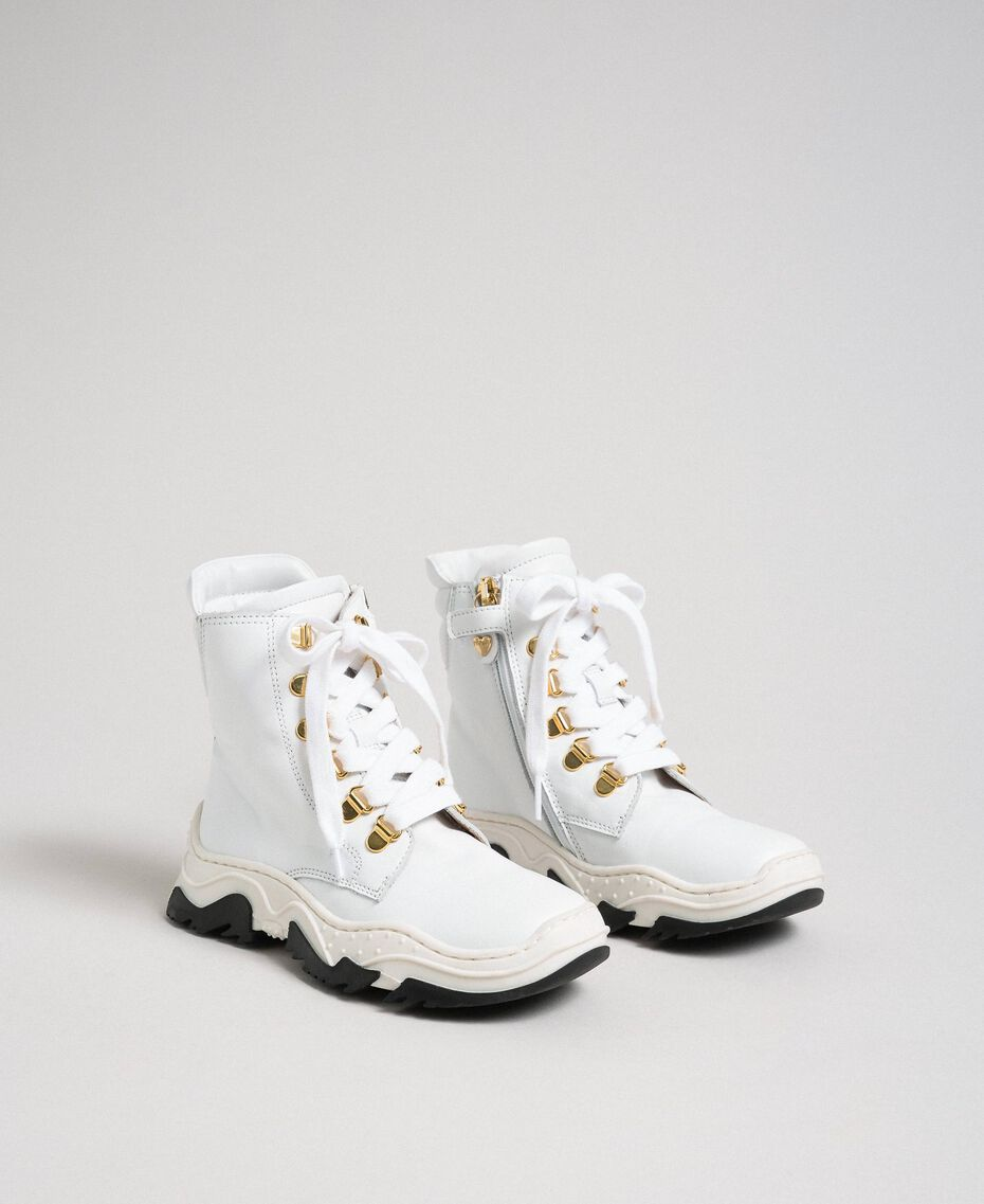 Sneakers alte in pelle con allacciatura trekking Bianco Bambina 192GCJ022-01