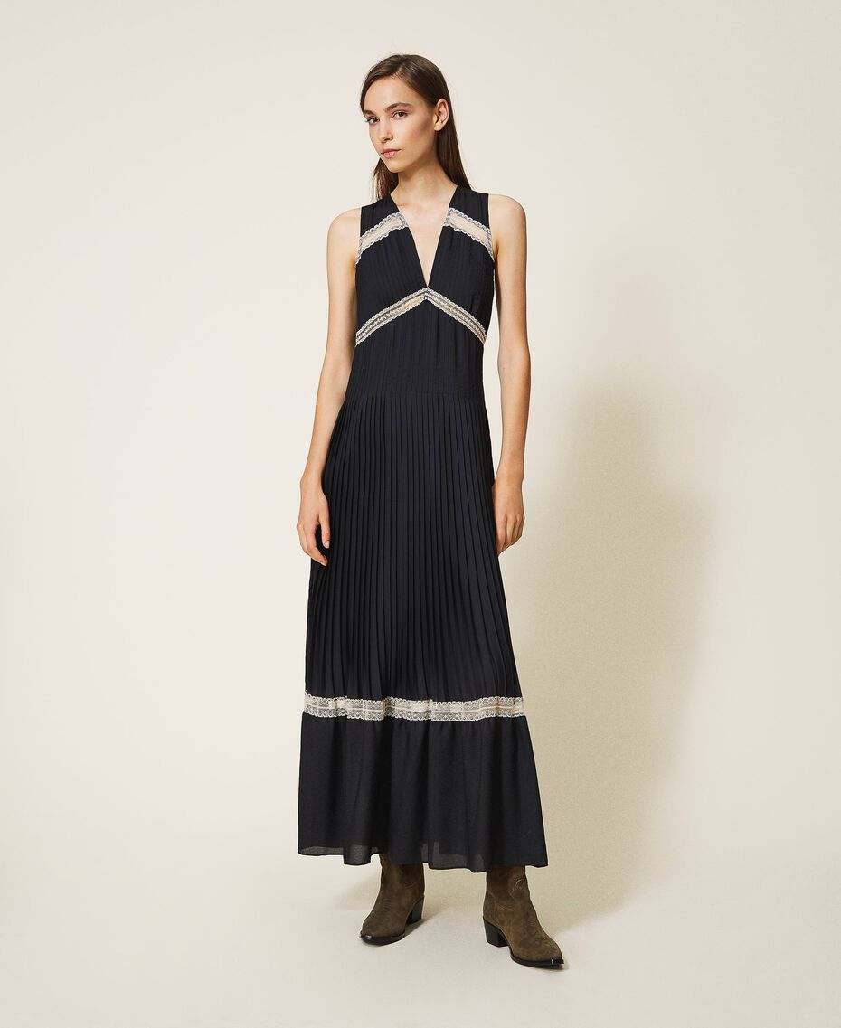 Pleated long dress with lace Black Woman 202TP2133-01