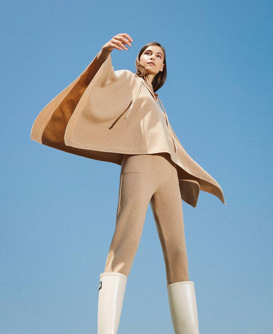 Pantalon de jogging en cachemire et laine Beige «Pastel Skin» Femme 202TT3014-01
