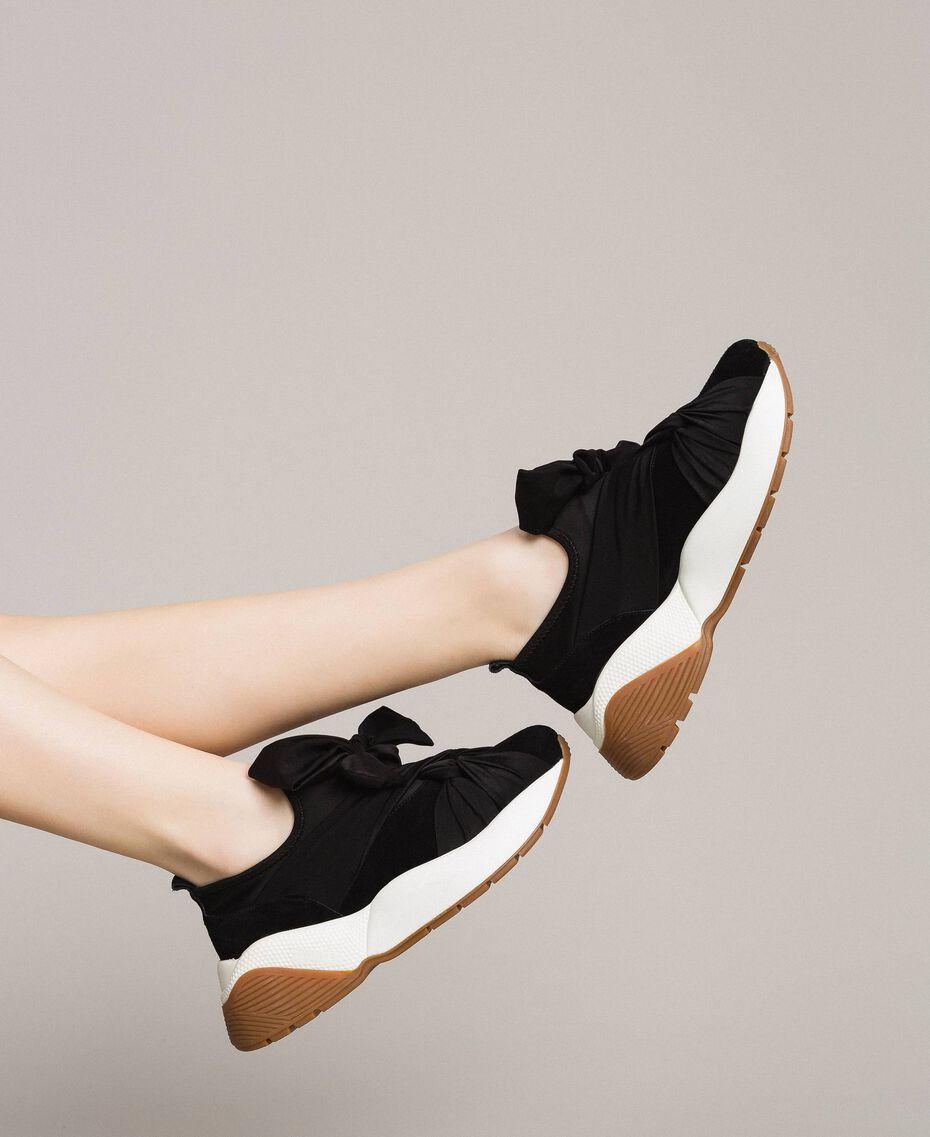 Sneakers in tessuto con maxi fiocco Nero Donna 191TCP154-0S