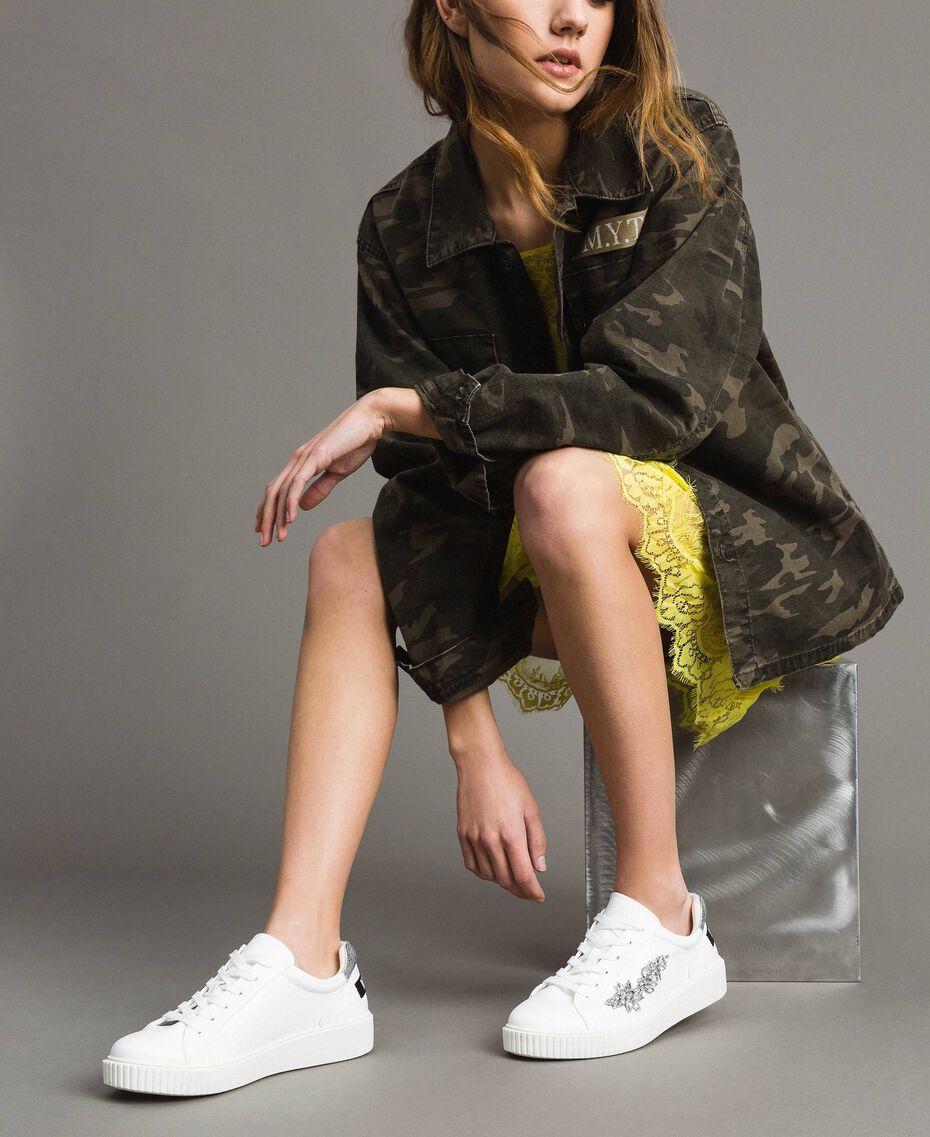 Kunstleder-Sneakers mit Steinen White Sahne Frau 191MCP032-0S