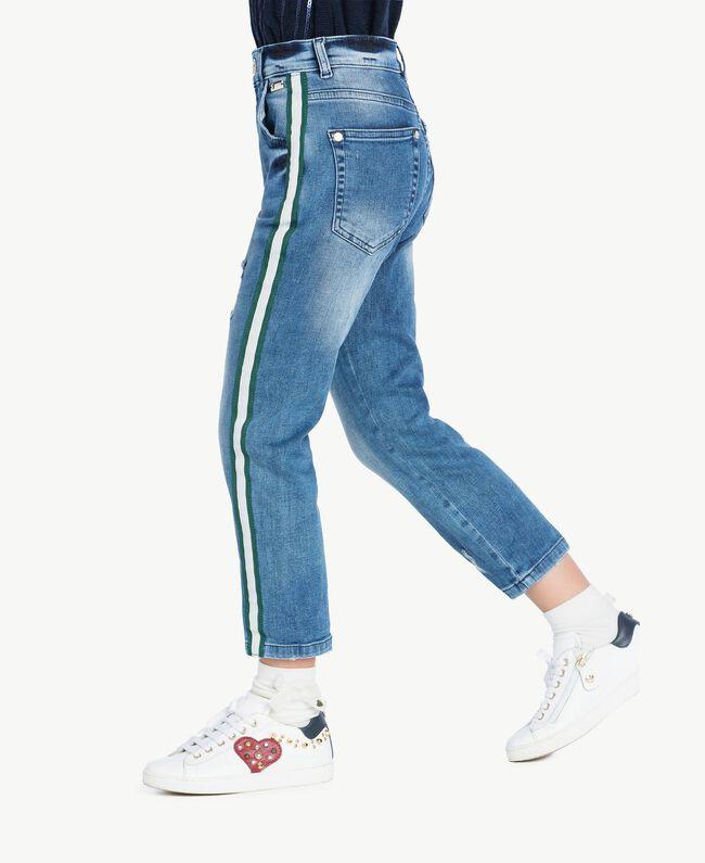 Slouchy-Fit-Jeans Helles Denim Weiblich GA72VU-04