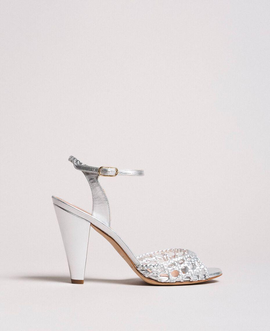 Sandales en cuir tressé laminé Argent / Nickel Femme 191TCT01J-02