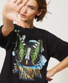 T-shirt with laminated print Black Butterfly Print Woman 211MT2561-03
