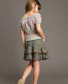 Falda de algodón con medallas Verde Tundra Niño 191GJ2071-03