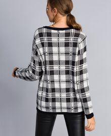 Maxi check jacquard jumper Mother-of-pearl / Black Check Fox Jacquard Woman YA83HN-03