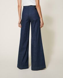 Wide leg jeans with pockets Dark Denim Woman 202MP222C-03