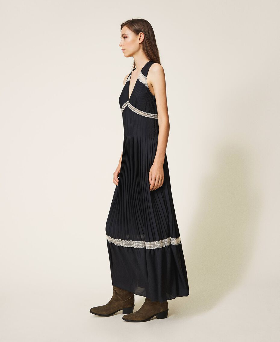 Pleated long dress with lace Black Woman 202TP2133-02