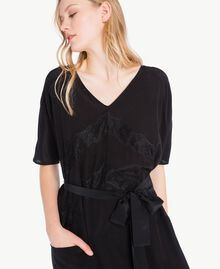 Langes Kleid aus Seide Schwarz Frau PS82Z2-04