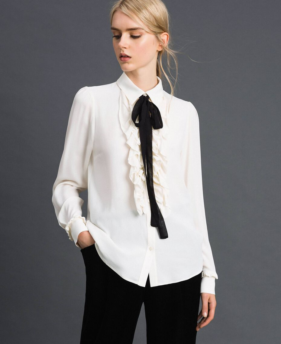 Crêpe de Chine shirt with frills White Snow Woman 192TT2431-02