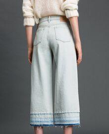Jeans wide leg con fondo sfrangiato Denim Chiaro Donna 192TT2460-03