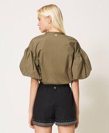 Shorts aus Popeline mit Nieten Schwarz Frau 211TT2484-04