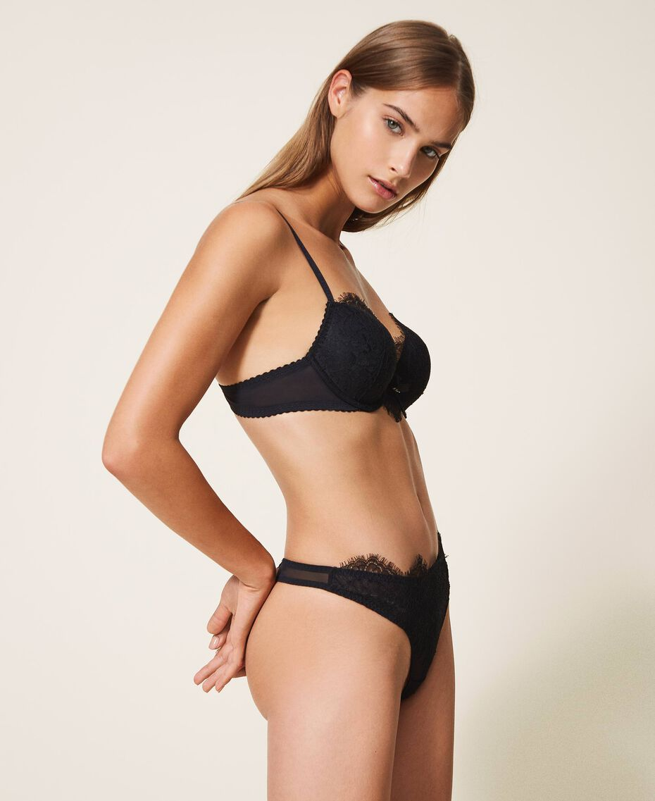 Lace and tulle G-string Black Woman 202LI6188-02