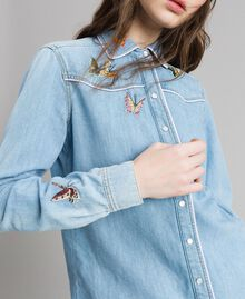 Denim shirt with butterfly embroidery Light Denim Woman 191TP2220-05