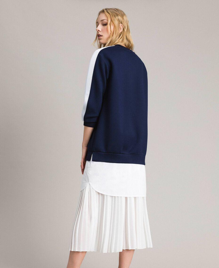 Robe longue plissée en scuba Bicolore Bleu Nuit / Blanc Soie Femme 191TP2066-02