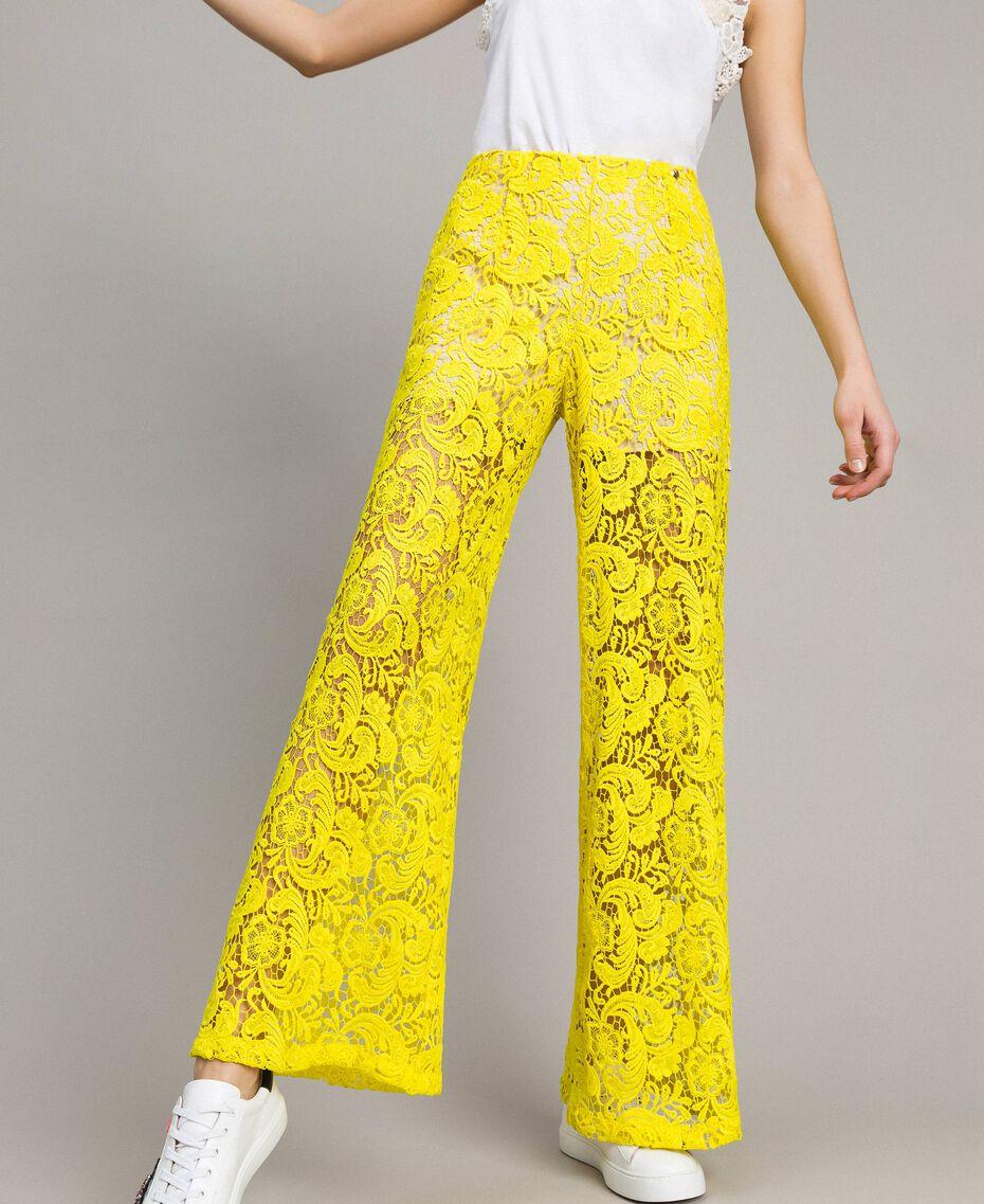 Pantalones palazzo de encaje de macramé Amarillo Fluo Mujer 191MT2154-01