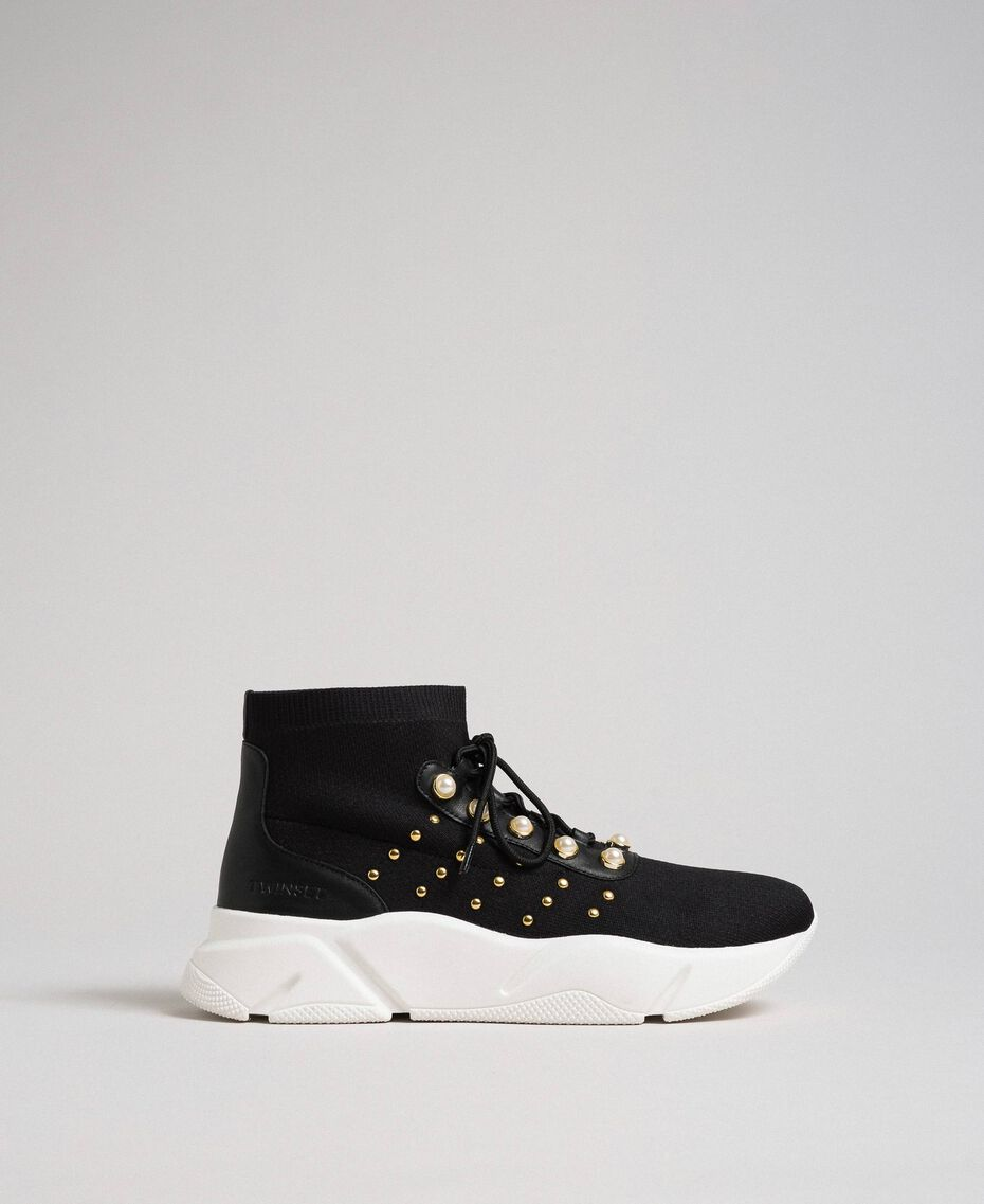 Текстильные кроссовки с жемчугом и заклепками Черный женщина 192TCP062-02