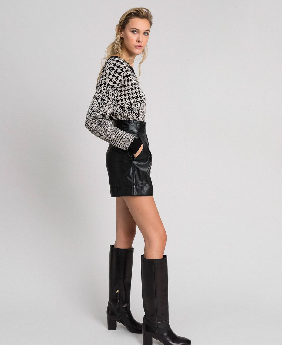 Faux leather shorts Black Woman 192TT203A-02