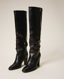 Hoher Stiefel aus Leder Schwarz Frau 202TCT084-01