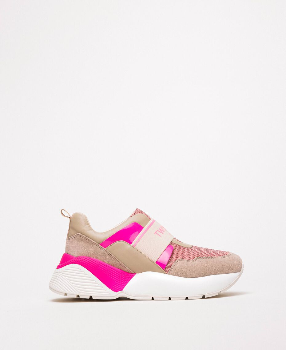 "Laufschuh mit Logo Zweifarbig ""Knospen""-Rosa / Neonfuchsia Frau 201TCP152-01"