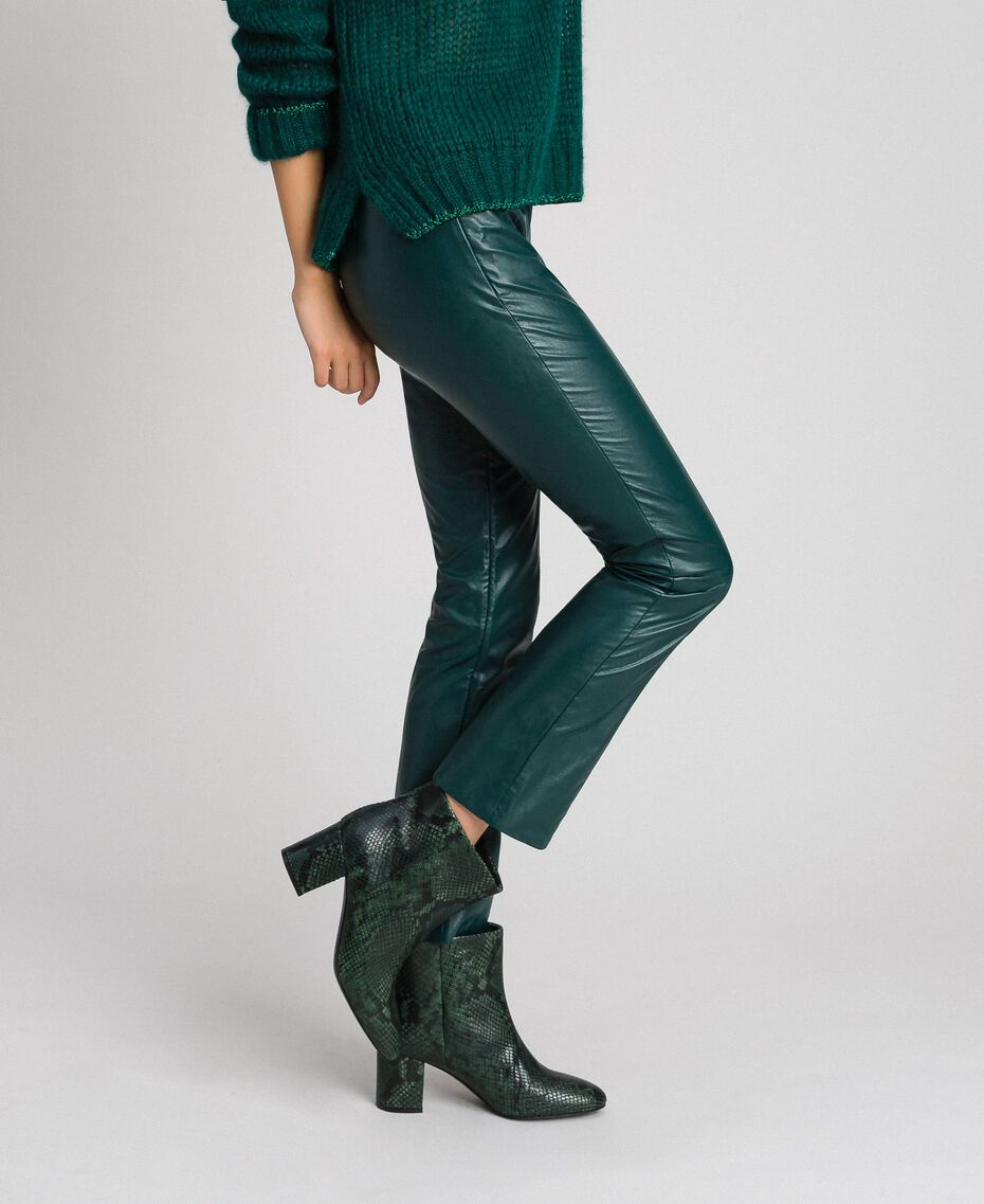 "Pantaloni a sigaretta in similpelle Verde ""Forest"" Donna 192ST2017-02"