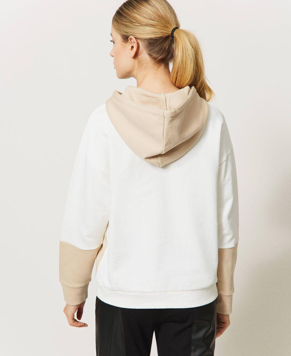 Sudadera con cordón de ajuste y logotipo Bicolor Blanco «Marfil» / Rosa «Frapé» Mujer 211LL2LGG-03