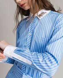 Popeline-Hemd-Kleid mit Stickerei Kornblumen Blau Frau 191MP2043-05