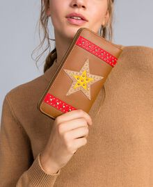 """Faux leather wallet with patch """"Toffee"""" Brown Star Woman RA8TGP-0S"""