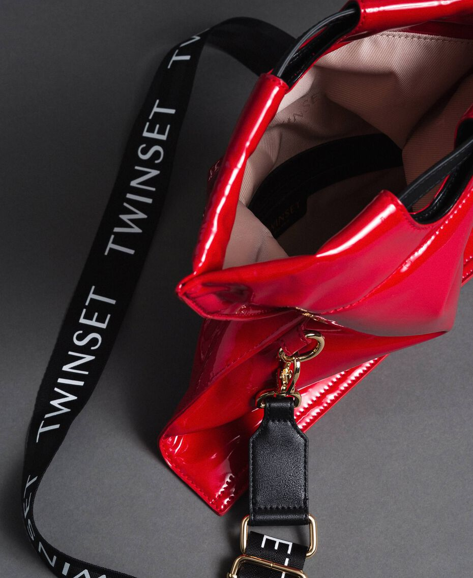 Petit sac cabas repliable en similicuir Rouge Grenade Femme 192TA7174-05