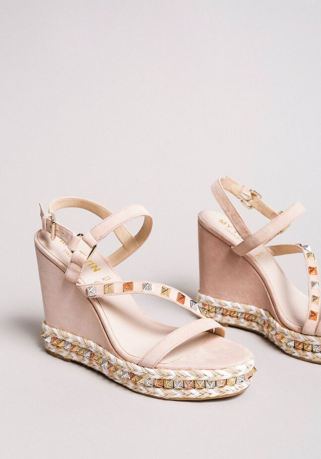 Suede sandals with wedge and studs