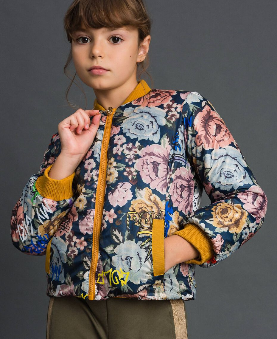 Reversible bomber-style puffer jacket Graffiti Print / Ochre Child 192GJ2120-01