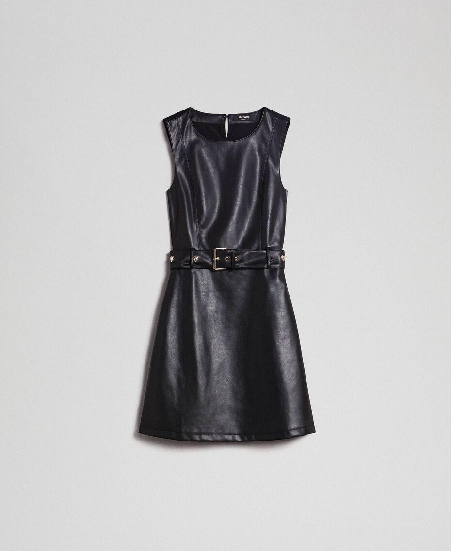 Kurzes Kleid aus Lederimitat mit Gürtel Schwarz Frau 192MP2021-0S