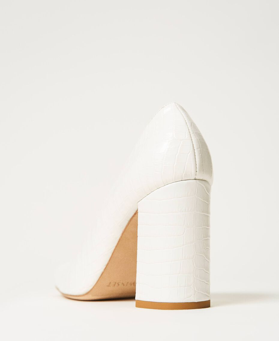 "Leather court shoes with crocodile print ""Snow"" White Crocodile Print Woman 202TCP076-03"