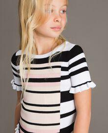 """Gestreifter pullover aus Jerseystoff mit Mikrorüschen Streifen """"Blossom"""" Pink / Chantilly Multicolour Kind 191GJ3040-04"""