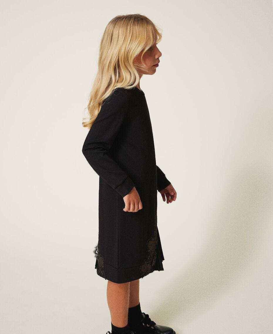 Pleats and lace dress Black Child 202GJ215A-02