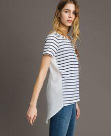 """Gestreiftes T-Shirt mit Pailletten Motiv """"Savannah"""" Beige / Cremeweiß Gestreift Frau 191ST2090-02"""