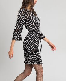 "Floral and chevron print dress with lace Black / ""Snow"" Chevron Print Woman 192TP2520-03"