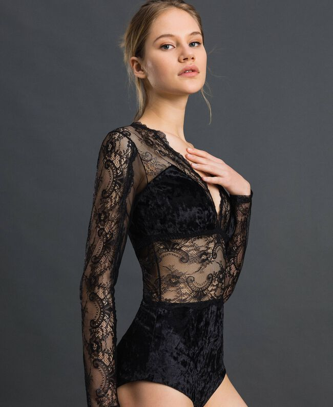 Laminated lace and velvet bodysuit Black Woman 192LL6HYY-01