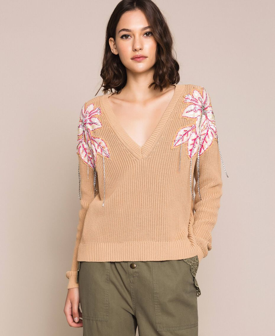 "Boxy jumper with floral patches and embroideries Dark ""Cremino"" Beige Woman 201TP3170-01"